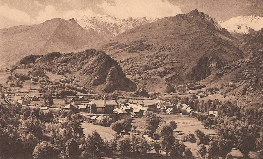 Valloire - le village dans les années 30